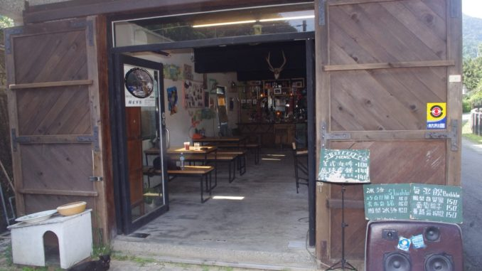 猴硐のおすすめ穴場カフェ(DIESEL LOCOMOTIVE CAFE 柴油機車)