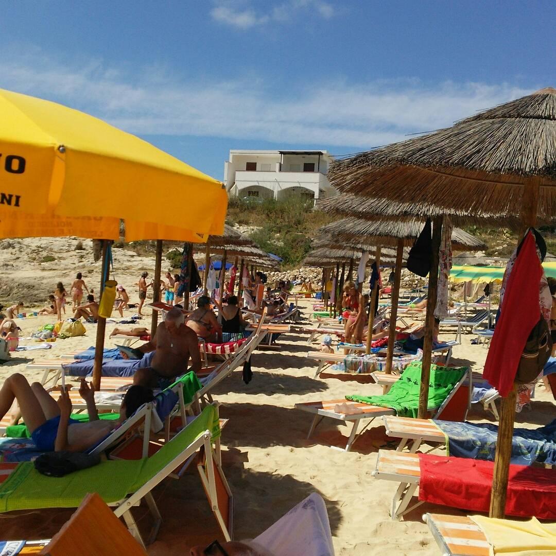 ランペドゥーザ島の旅行体験:ビーチリゾート