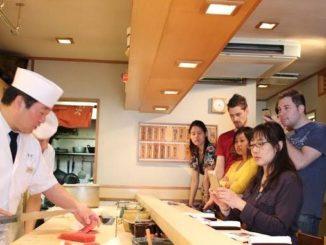 銀座寿司店「神火」のインバウンド寿司教室イベント