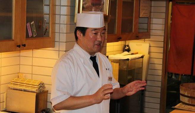 銀座・高級寿司店「神火」でインバウンド寿司教室イベント 店主の説明