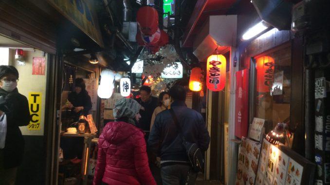 新宿のおすすめグルメ:思い出横丁 居酒屋通り