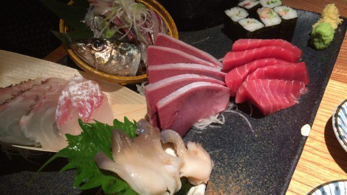 新宿のおすすめグルメ:新橋魚金 歌舞伎町 弐 刺し身