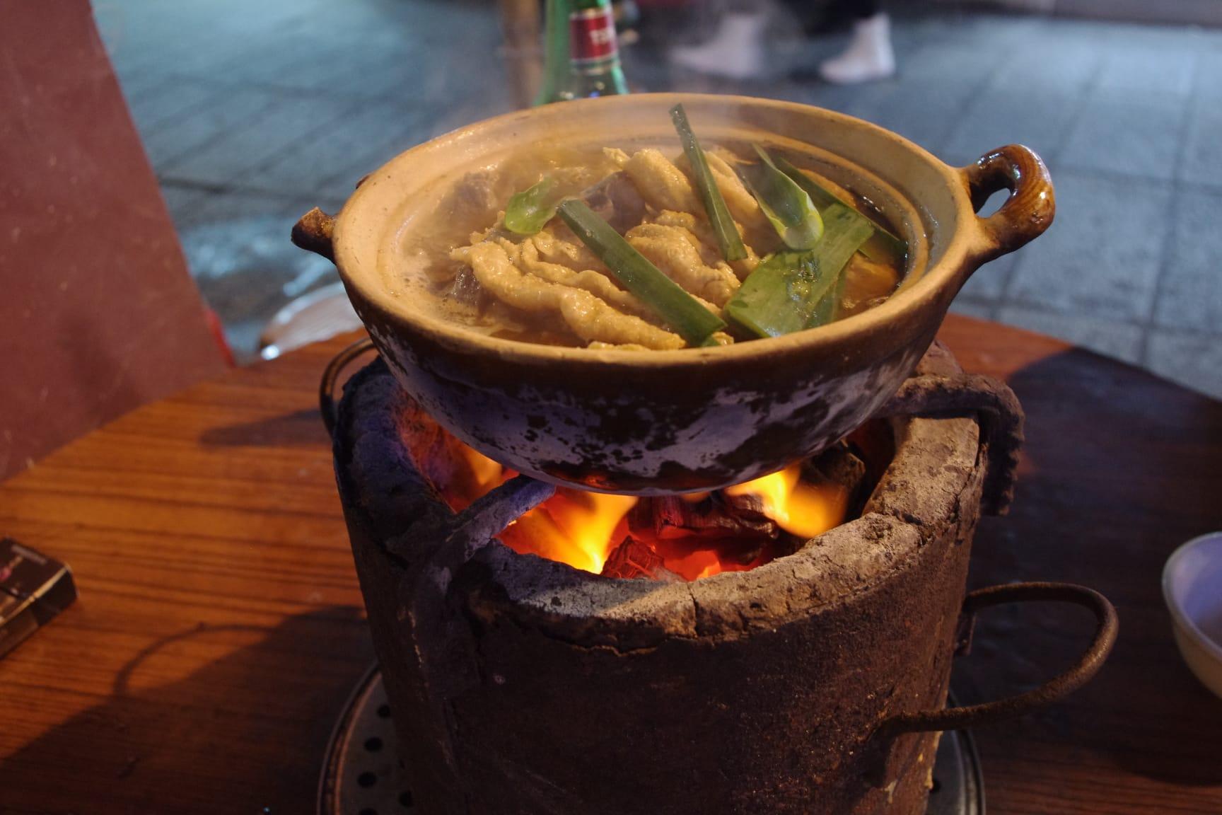 マカオ・強記秘製羊腩煲・羊肉の鍋グルメ