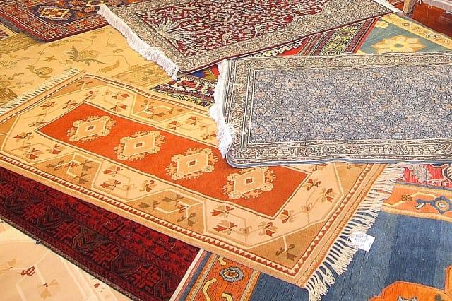 トルコ絨毯(じゅうたん)・イスタンブール