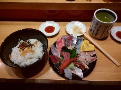 海鮮丼「いきいき亭」・海鮮丼のランチ