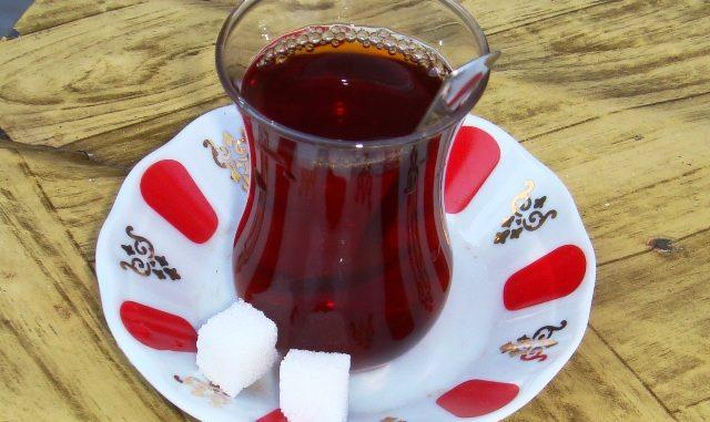 トルコのチャイ(紅茶)