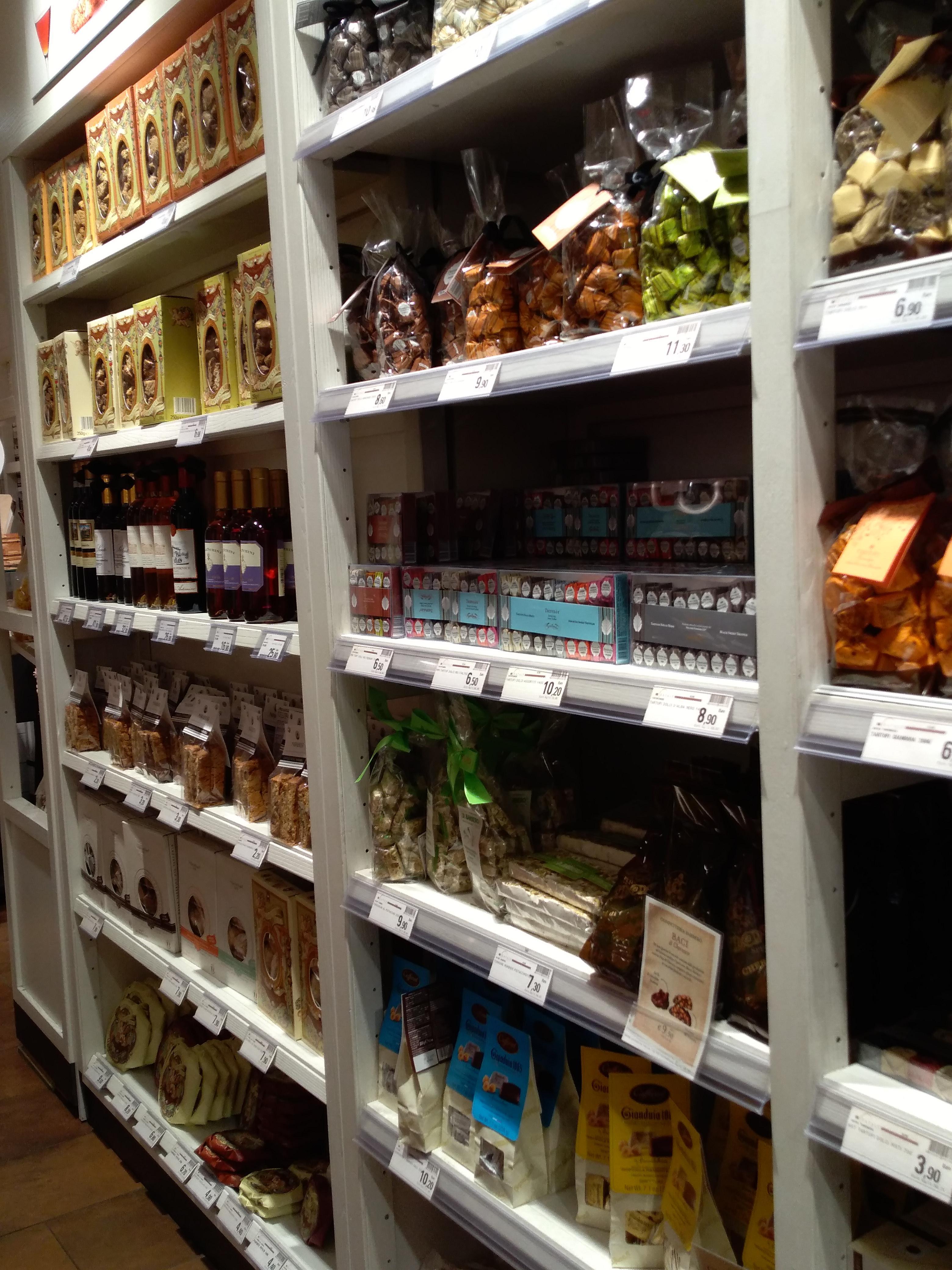 イタリア各地のお菓子のお土産