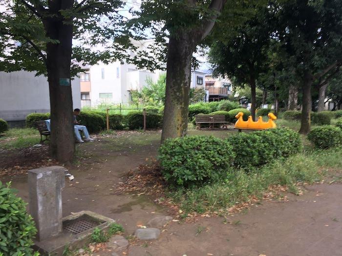 南町苗木畑公園/公園内と遊具