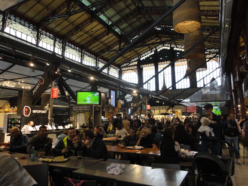 フィレンツェ中央市場・2階フードコート
