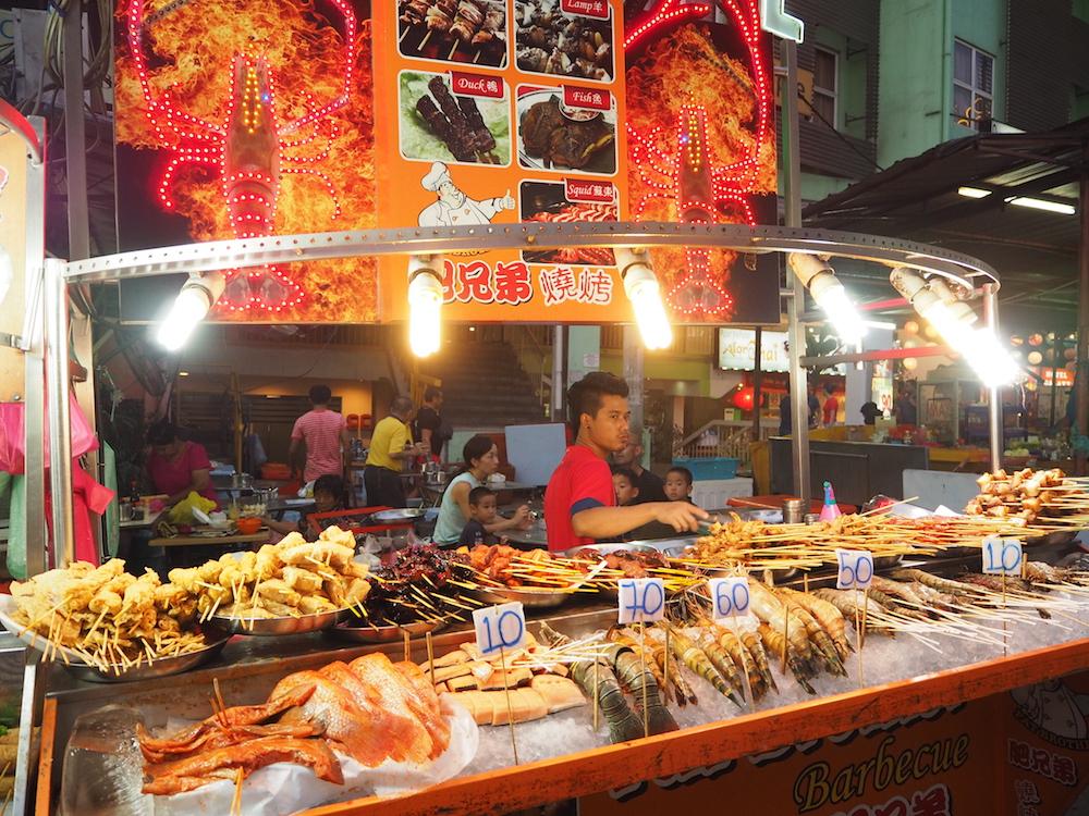 マレーシア・クアラルンプールのグルメ:サテーのお店・店頭