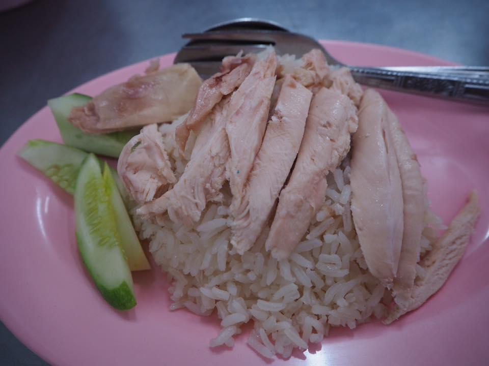 タイ・バンコクのおすすめグルメ:バンディッキムのカオマンガイ1