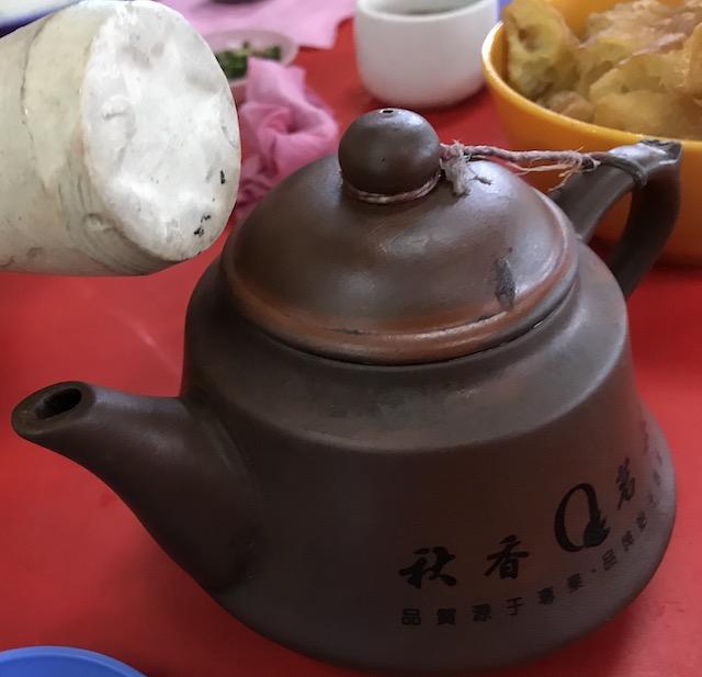 バクテーの食べ方/お茶とバクテーの相性が抜群!