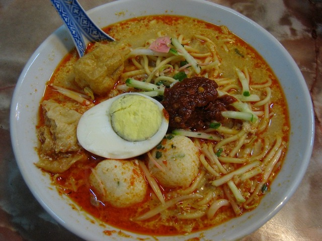 【ラクサ】マレーシアの大人気ご当地グルメ! 地域ごとの種類・作り方・お土産まで現地から紹介!