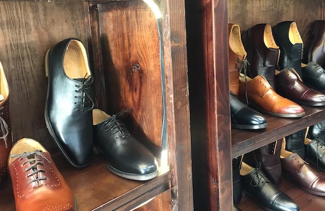 ベトナム・ホーチミンの雑貨のお土産:男性用の靴のお土産