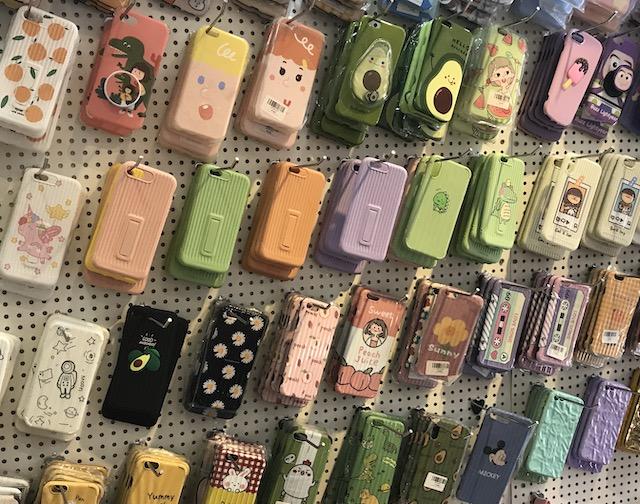 ベトナム・ホーチミンの雑貨のお土産:iphoneアクセサリーのお土産1
