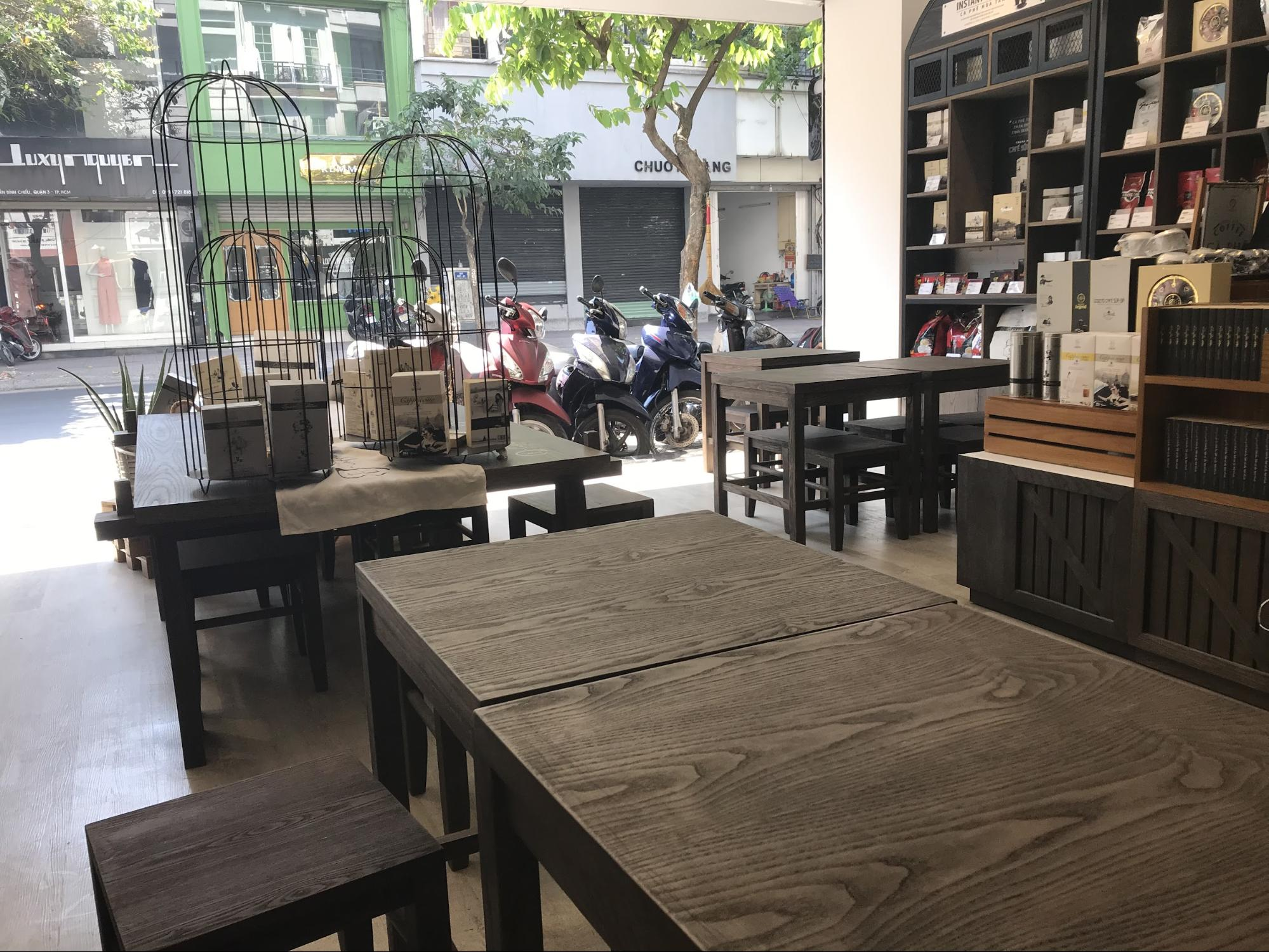 【ホーチミンのカフェ】ベトナムコーヒーを満喫できるおすすめカフェ&文化を現地で体験して紹介!