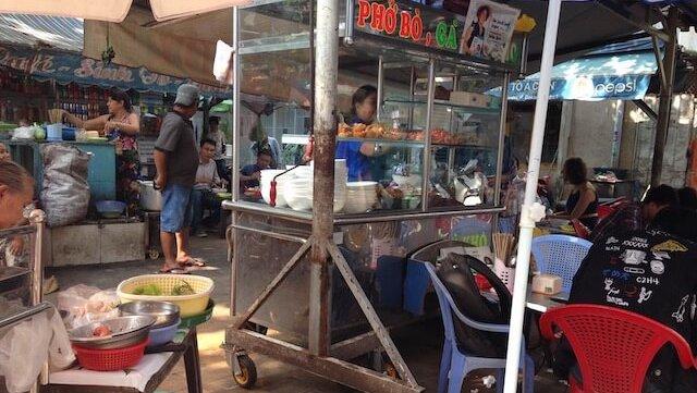 ホーチミンは屋台に限る!食べないと損するおすすめベトナムグルメをご紹介!