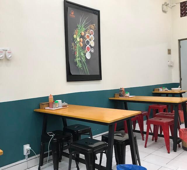 ホーチミン・Pho Hien noodie soup:フォーのお店 店内の様子