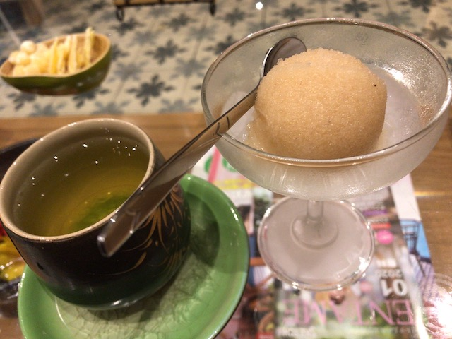 【ホーチミン・マッサージ】miumiuのマッサージ後のシャワー・お茶・シャーベット